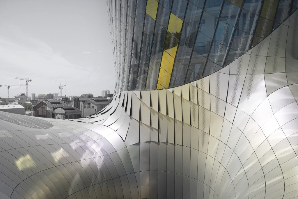 Guardian-Glass-XTU-Architects-SunGuard-Solar-Gold