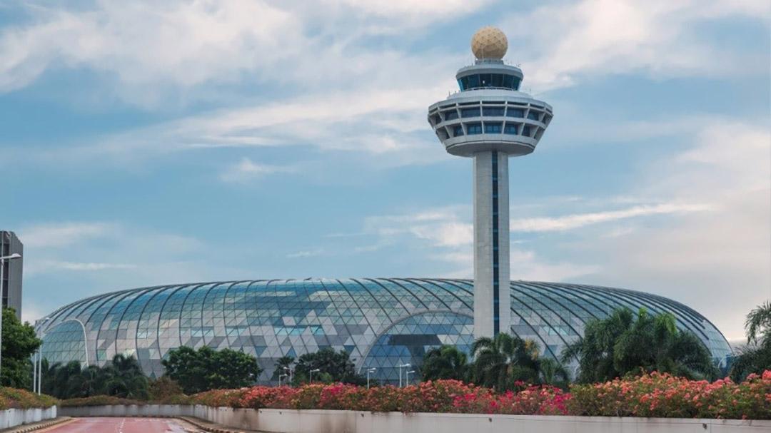 Vitro Glass Singapore Airport