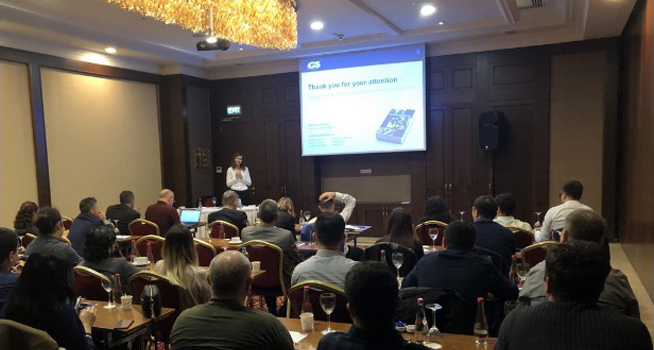 Glass Service: defects training success in Istanbul