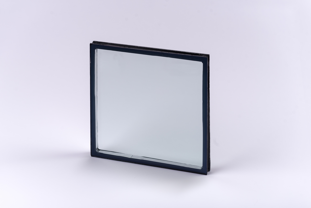 Top Glass and Glazing Products: Vitro Glass Acuity Low Iron Glass