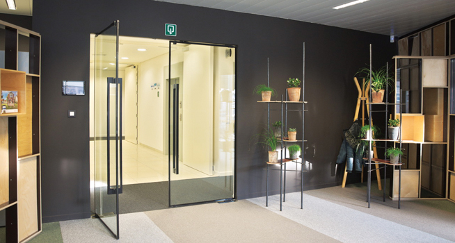 Vetrotech Saint-Gobain: design and fire protection with Lunax doors