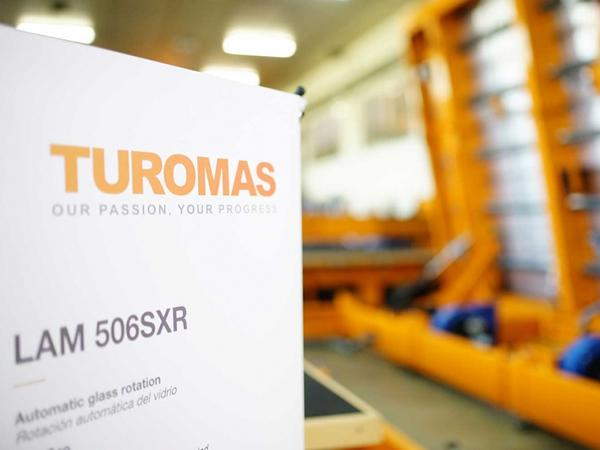 Turomas: The quality and experience of 30 years with laminated glass