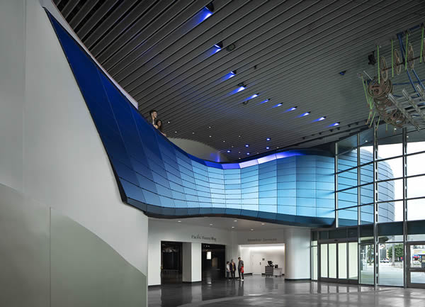 """An Iconic Glass Project """"Aquarium of the Pacific"""""""