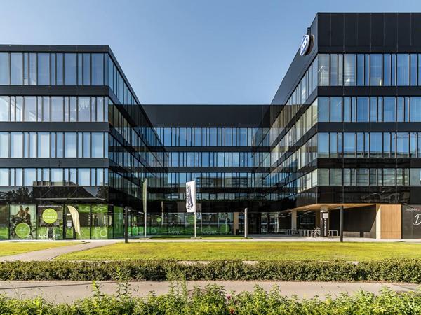 Glas Trösch: Neopark | Mokotów in Warsaw